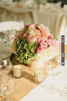 floral table arrangement by Bella Signature Design | CHECK OUT MORE IDEAS AT WEDDINGPINS.NET | #wedding