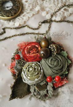 """Брошь """"Букетик и ягоды"""" - брошь,брошь цветок,роза,брошь роза,кружево,романтика"""