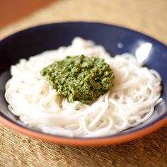 Gluten-free Gourmand: Cilantro Pesto Recipe