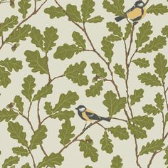 Two lovely birds sit in an old oak tree, whose foliage grows up the wall. Our popular pattern has been given a new colour scheme with beautiful grey nuances in the Brunnsnäs collection. By the way, the oak leaf is the symbol in the Sandberg logotype.