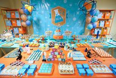 Mad scientist party    | PICTURE PERFECT EVENT DESIGN by Katherine Langford | www.perfecteventdesign.com