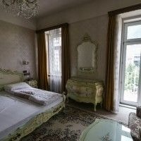 15 poze uluitoare dintr-un hotel incredibil, uitat de oameni! 15 amazing pictures of an incredible hotel, forgotten by people! The Maribell hotel complex has been vacant for ten Sport Hall, Nature Tree, Resort Spa, Yoga Rooms, Cool Pictures, The Incredibles, Luxury, Banquet, Bed