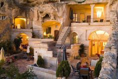 Goreme, Kayseri, Turket—Cave Hotel is on the list 28 of the Coolest Glamping Sites around the World Underground Living, Earth Sheltered Homes, Cave Hotel, Hotels In Turkey, Luxury Camping, Travel Magazines, Earthship, Back To Nature, Best Hotels