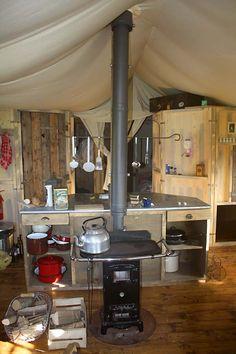 leslie & mary's alaskan yurt!