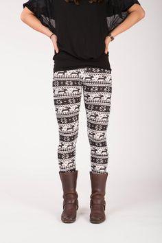 Olwen - Winter print legging Winter Leggings, Sweatpants, Fashion, Moda, Fashion Styles, Fashion Illustrations