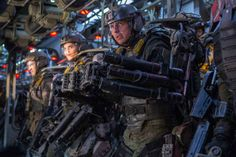 Edge of Tomorrow - Publicity still of Tom Cruise. The image measures 5760 * 3840 pixels and was added on 23 May Edge Of Tomorrow, Tom Cruise, Wallpaper Edge, Windows Wallpaper, Sci Fi Movies, Movies To Watch, Good Movies, Bill Murray, Groundhog Day