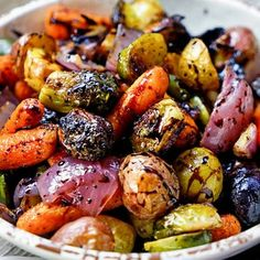 Easy Roasted Vegetables with Honey and Balsamic Syrup Recipe Side Dishes with brussels sprouts carrots small new potatoes shallots olive oil kosher salt ground black pepper balsamic reduction honey Balsamic Syrup Recipe, Balsamic Vinegar Recipes, Balsamic Glaze, Honey Recipes, Roasted Root Vegetables, Roasted Vegetables Thanksgiving, Roasted Vegetable Medley, Roasted Onions, Passover Recipes