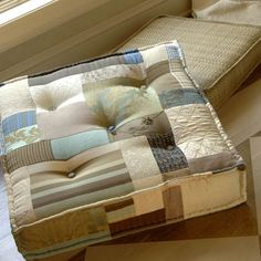 Pieced Floor Cushion.... I LOVE this!! Floor cushions are amazing and multi-functional, not to mention beautiful. The perfect place for my fav 3 R's: Reading, Resting, and Relaxing C=