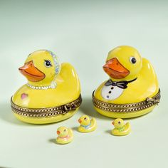 Groom Box, Quack Quack, Purple Christmas, Baby Ducks, Soap Packaging, Pretty Box, Glass Boxes, Treasure Boxes, Collectible Figurines