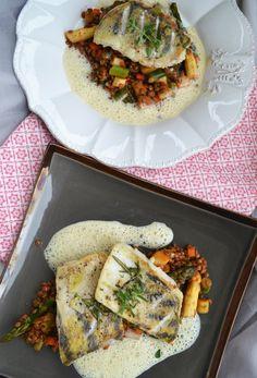 Zanderfilet mit Linsen-Spargel Gemüse und Senfschaum