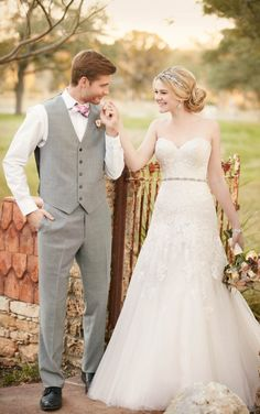 Essence of australia fitted aline with lace and tulle, beaded belt wedding dress
