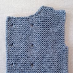 Lola y Lana Baby Sweater Patterns, Knit Baby Sweaters, Knitted Baby Clothes, Baby Knitting Patterns, Knitting For Kids, Free Knitting, Crochet Baby, Knit Crochet, Handmade