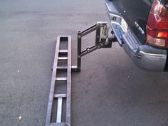 dam this rocket looks cool! Motorcycle Towing, Motorcycle Carrier, Motorcycle Trailer, Small Trailer, Trailer Build, Support Moto, Custom Truck Flatbeds, Folding Utility Trailer, Atv Implements
