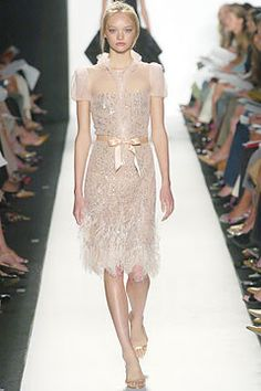 Oscar de la Renta Spring 2005 Ready-to-Wear Fashion Show - Gemma Ward