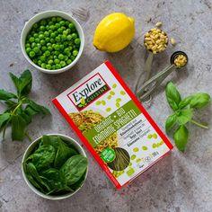 Edamame Spaghetti, Green Spaghetti, Spaghetti Sauce, Super Greens, Plant Based Recipes, Basil, Spinach, Pine, Protein