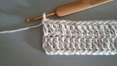 TAPETE RETANGULAR RENDADO EM CROCHÊ COM PASSO A PASSO Crochet Projects, Diy And Crafts, Base, Crochet Doily Rug, Blue Carpet, Crochet Rug Patterns, Bedspreads, Easy Crochet, Bed Covers