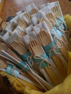Pretty up disposable utensils … Wedding Gift Cutlery, Wedding Favors, Diy Wedding, Rustic Wedding, Wedding Reception, Wedding Gifts, Wedding Decorations, Wedding Ideas, Wedding Doorgift