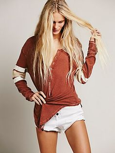 I love this Henley! ~We The Free Game Time Henley at Free People Clothing Boutique Hippie Style, Spring Summer Fashion, Autumn Winter Fashion, We The People, Free People, Henley Top, I Love Fashion, Get Dressed, Everyday Fashion