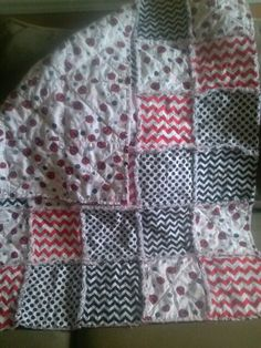Lady bug rag quilt