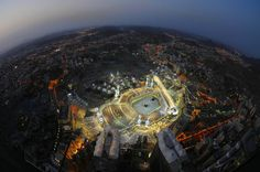 Hajj - Masjid al-Haram in Makkah, Saudi Arabia With Breathtaking Images and Map Mecca City, Islamic City, Mecca Kaaba, Masjid Al Haram, Mekkah, Beautiful Mosques, Beautiful Places, Amazing Places, Wonderful Places