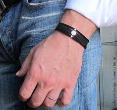 Многоуровневый кожаный браслет для мужчин.