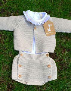 Baby Vest, Baby Pants, Baby Cardigan, Newborn Outfits, Baby Boy Outfits, Kids Outfits, Knit Baby Sweaters, Diy Dress, Baby Knitting Patterns