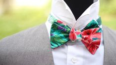 Mens bow tie Tropical Floral Cotton men's self tied Bow Beach Wedding Suits, Bow Tie Wedding, Wedding Men, Trending Outfits, Unique Jewelry, Handmade Gifts, Floral, Cotton, Tropical