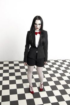 Sadistic and Beautiful: A Billy the Puppet from Saw Cosplay!