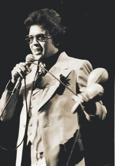 Hector Lavoe - The Puerto Rican singer is classified as one of the greats and… Puerto Rican Music, Puerto Rican Singers, Spanish Music, Latin Music, Spanish Fly, Musica Salsa, All Star, Puerto Rico History, Puerto Rican Culture