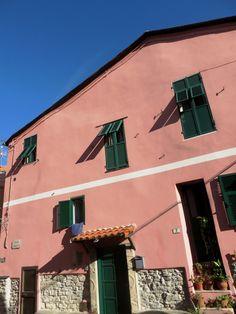 Pietrabruna (IM) Piazza San Matteo