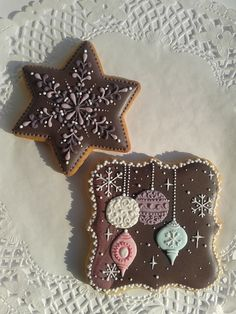 beautiful Christmas cookies! sophisticated and unusual color scheme