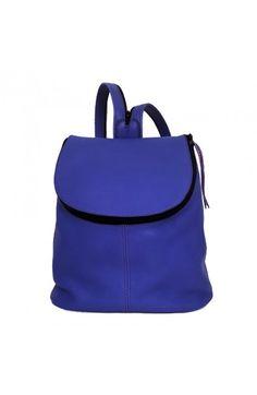 Mochila de piel muy agradable al tacto, suave, blanda y ligera. #mochilas #cuero.  Leather backpack very pleasant to the touch, soft, soft and light. #backpack #leather http://corzoartesania.com/es/mochilas/21-mochila-abril.html