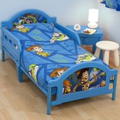 Toy Story Bedding Sets, Curtains, Bean Bags, Lamp Shades and Bedroom Accessories. Toy Story Bedding, Toy Story Bedroom, Bedding Sets, Toy Story Bed Set, Toy Story Toddler Bed, Home Furniture, Furniture Design, Bedroom Design Inspiration, Bedroom Accessories