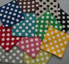 Welcome to Svensk Hemslöjd Crochet Kitchen, Crochet Home, Crochet Yarn, Corner To Corner Crochet, Crochet Decoration, Crochet Potholders, Tapestry Crochet, Hot Pads, Knitting Stitches