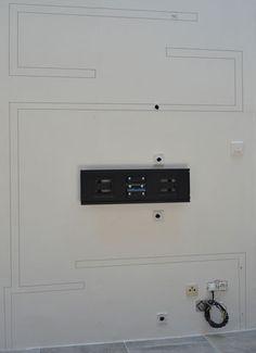 photo-fabriquer-meuble-tv-01 Tv Unit, Room Design, Wall Decor, Tv Wall Design, Building A House, Gyproc, Wall Design, False Ceiling, Tv Wall Decor