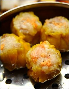 Victor's Kitchen is a family run dim sum restaurant in Sunshine Plaza along Bencoolen Street, Singapore that serves authentic Hong Kong Dim Sum. They are able to claim this because the owner and chef himself is a Hongkie. But because of that too the the expectation bar of the dim sum here is higher. Victor's …