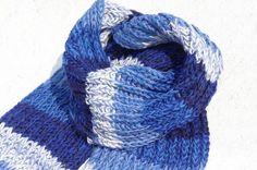 剛剛逛 Pinkoi,看到這個推薦給你:聖誕禮物 限量一件 手織純羊毛圍巾 / 針織圍巾 / 手織條紋圍巾 / 手工針織圍巾 (made in nepal) - 魔幻藍色條紋 - https://www.pinkoi.com/product/wXv67Nrk?utm_source=Android&utm_medium=product&utm_campaign=Pinterest
