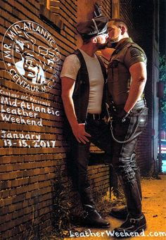 Cigar and Pipe-Smoking Leather Sir Skinhead Boots, Man Hug, Cigar Men, Men Kissing, Men In Uniform, Cute Gay, Guy Pictures, Gay Couple, Man In Love