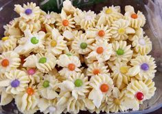 Kuker Mawar Centil foto resep utama Krispie Treats, Rice Krispies, Food And Drink, Snacks, Cookies, Desserts, Crack Crackers, Tailgate Desserts, Appetizers
