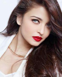 hair, beautiful, and bollywood image Aishwarya Rai Makeup, Actress Aishwarya Rai, Aishwarya Rai Bachchan, Beautiful Bollywood Actress, Most Beautiful Indian Actress, Beautiful Actresses, Indian Celebrities, Bollywood Celebrities, World Most Beautiful Woman