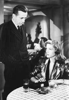 Humphrey Bogart and Lauren Bacall in The Big Sleep, 1946 Hollywood Couples, Old Hollywood Glamour, Golden Age Of Hollywood, Vintage Hollywood, Classic Hollywood, Humphrey Bogart, I Movie, Movie Stars, Bogie And Bacall