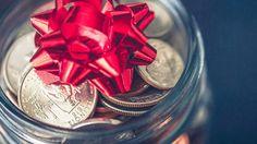 Geld verschenken – das klingt im ersten Moment vielleicht etwas einfallslos. Ist es aber gar nicht! Überzeug Dich selbst: Wir zeigen Dir die zehn kreativsten Geldgeschenke, die sich ganz einfach nachbasteln lassen und nicht nur an Weihnachten für viel Freude bei den Beschenkten sorgen.