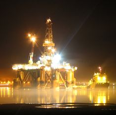 oil rigs at night | Looking for Pictures of Oil Rigs at Night