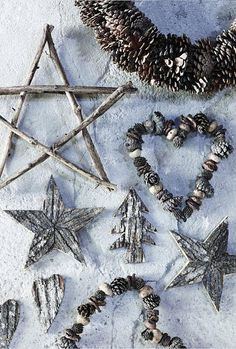 "Rustic ""shine""christmas ornaments: Gather a variety of natural items, spray paint gold of silver. Also great for all kinds of worn-out ornaments."