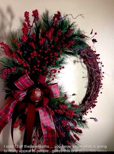 Xmas decorations detail are offered on our internet site. Check it out and you wont be sorry you did. Decoration Christmas, Christmas Porch, Noel Christmas, Rustic Christmas, Xmas Decorations, All Things Christmas, Christmas Crafts, Christmas House Lights, Christmas Outfits