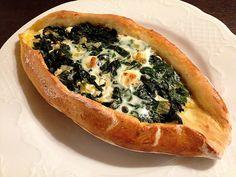Pide mit Spinat und Schafskäse 4