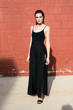 These Side Slit Wide-Leg Pants Are Way Too Cool
