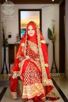 25 Latest Wedding Saree Designs & Ideas for Muslim Brides - 17 25 Latest Wedding Saree Designs & Ideas for Muslim Brides - Muslimah Wedding Dress, Hijab Style Dress, Muslim Wedding Dresses, Hijab Bride, Muslim Brides, Saree Wedding, Hijabi Wedding, Bridal Lehenga, Covet Fashion