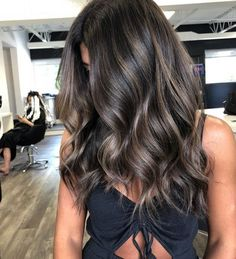 50 Vibrant Fall Hair Color Ideas to Accent Your New Hairstyle fallhair fallhaircolor fallhairstyles ombrehairtrends haircolorideas Brown Ombre Hair, Brown Hair Balayage, Ombre Hair Color, Hair Color Balayage, Hair Highlights, Cool Hair Color, Ash Brown Highlights, Hair Color For Black Hair, Subtle Balayage Brunette