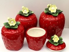 3 D Strawberry 4 piece Canisters Set 83501 Sale Strawberry Kitchen, Strawberry Recipes, Strawberry Patch, Strawberry Shortcake, Kitchen Items, Kitchen Dining, Kitchen Utensils, Strawberry Pictures, Strawberry Decorations